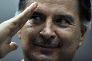Un tribunal de Guatemala absolvió al ex presidente Alfonso Portillo, pri...