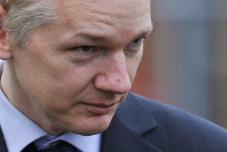 Suecia requiere a Assange en un caso de denuncias de supuestos delitos s...