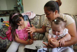 Pese a las dificultades, los hispanos mantienen la esperanza de una vida...