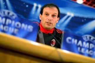 El entrenador de los 'rossoneri' sabe que sus jugadores pueden dar juego...