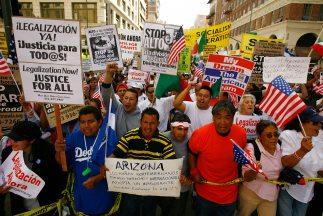 Inmigrantes en ciudades con alta concrntración de inmigrantes hispanos s...