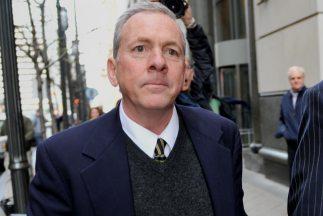 El sacerdote James Brennan está acusado de abuso de niños en los años 19...