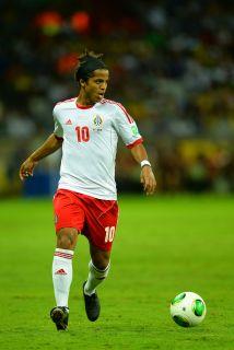 Giovanni Dos Santos es una de las opciones del Villarreal.