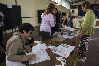 Las elecciones nacionales en Chile para elegir a un nuevo presidente com...