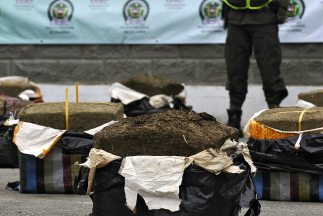 Los narcos evitran los controles más estrictos en la frontera enviando s...