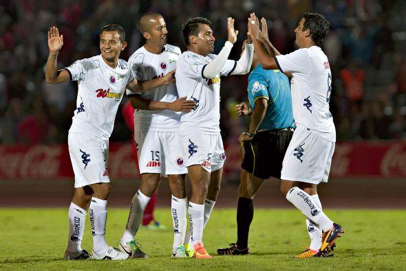 ElVeracruz debutó en la Copa MX goleando a Lobos BUAP.