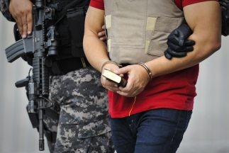 El detenido confesó haber participado en el secuestro de los estudiantes.