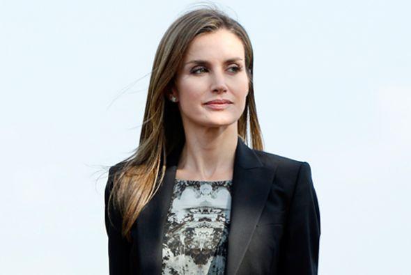 La Reina de España se sacó una foto con dos jóvenes que la reconocieron...