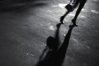 La menor bailaba junto con otras chicas en el club de Miami.