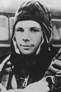 El cosmonauta Yuri Gagarin nació en marzo de 1934 en un pueblo cerca de...