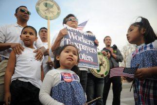 La reforma migratoria, las deportaciones y el matrimonio entre personas...