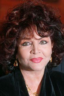 La actriz y cantante española Sara Montiel murió el lunes a los 85 años...