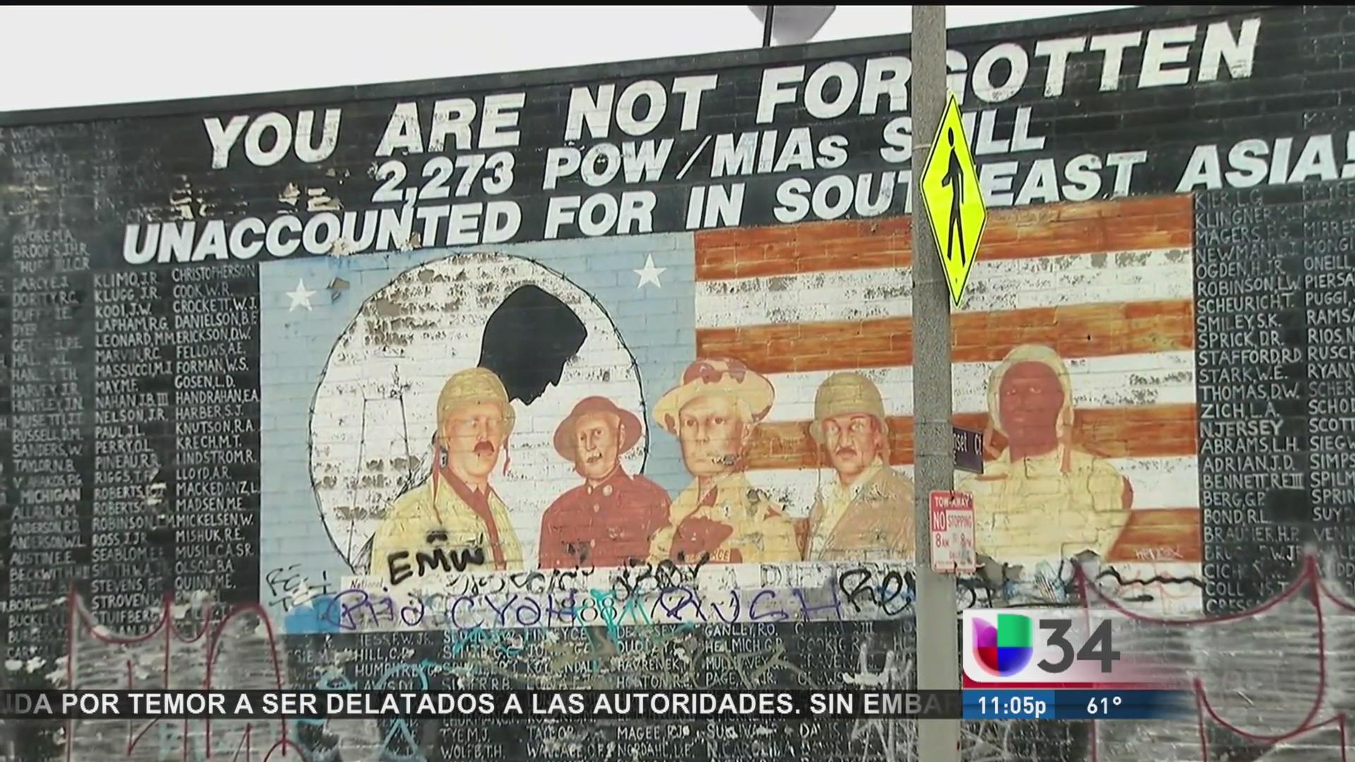 Vándalos destruyeron mural en honor a soldados