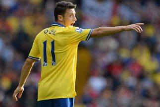 Özil asume la respondabilidad como líder de los 'Gunners' y le gusta el...
