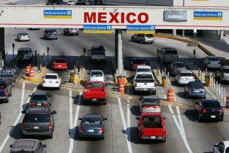 La garita de San Ysidro es el punto más transitado entre México y Estado...