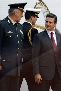 El presidente mexicano Enrique Peña Nieto instruyó a los militares mexic...