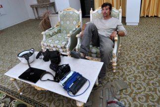 Una foto de James Foley tomada en 2011 cuando el periodista descansaba e...