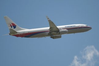 Los controladores de tierra perdieron el contacto con el Boeing 777 meno...