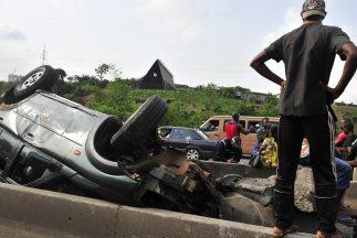 El vehículo carecía de asientos de seguridad para niños e indicó que nue...