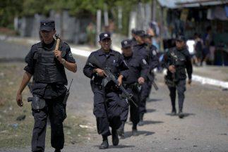 De acuerdo con el alcalde, 70 elementos de la policía municipal resguard...
