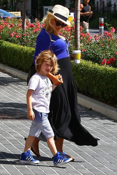 El pequeño Max es fruto de su anterior relación, con Jorda...