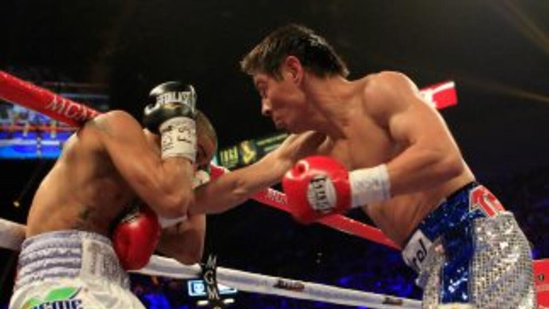 Jorge 'Travieso' Arce rompió con todos los pronósticos y derrotó a Wilfr...