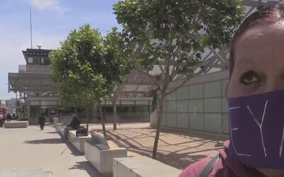 Activistas piden liberación de una mujer en el centro de ICE en Santa Rosa