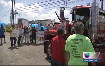 Protesta en los muelles por conflicto obrero-patronal busca bloquear a l...