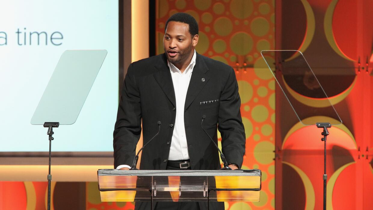 CENTURY CITY, CA - MAY 31: Robert Horry speaks onstage at the 2015 Cedar...