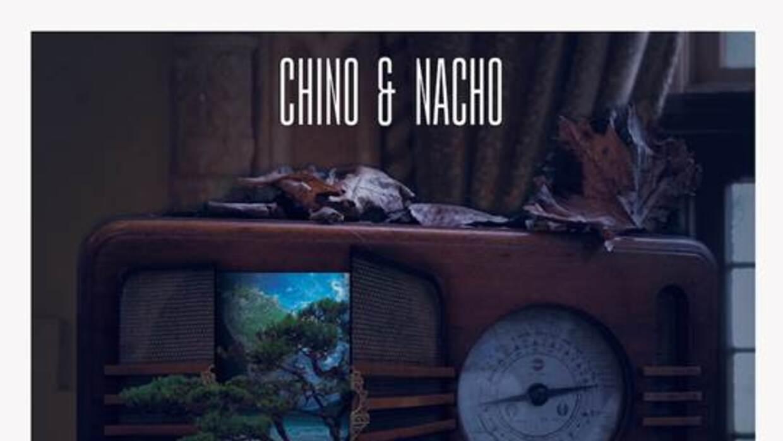 Chino y Nacho presentan la portada de su disco 'Radio Universo'