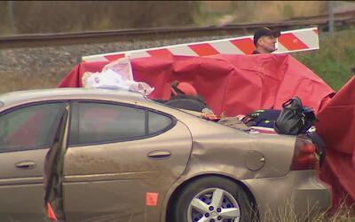 Recuperan dos cuerpos atrapados en una grieta en la calle Quintana