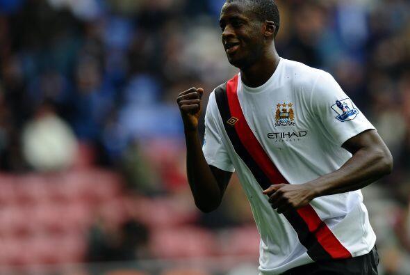 Más tarde, el marfileño Yaya Touré se estrenó como goleador con el City.