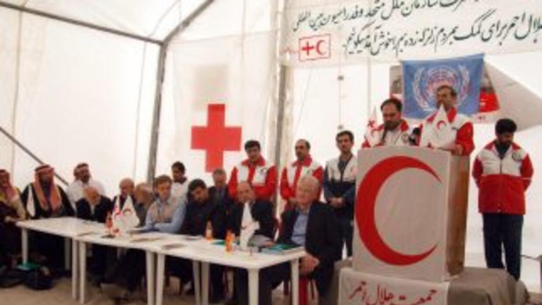 La Cruz Roja anunció que estaba llevando a cabo contactos con el régimen...