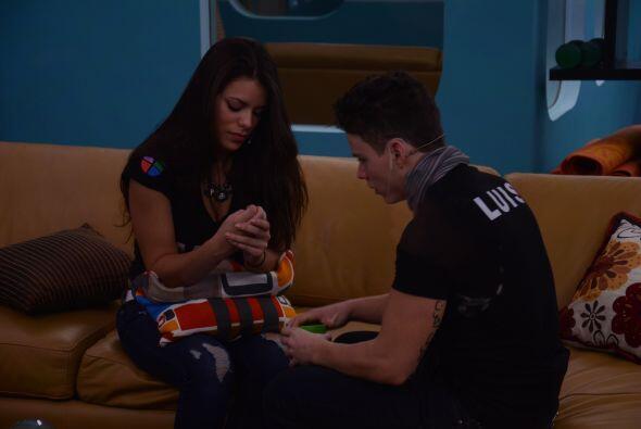 Para nadie es un secreto que Marlin ha estado confundida entre Luis y Ad...