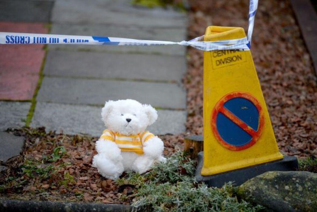 No en vano, el cadáver fue hallado al norte de Edimburgo, en un área bos...