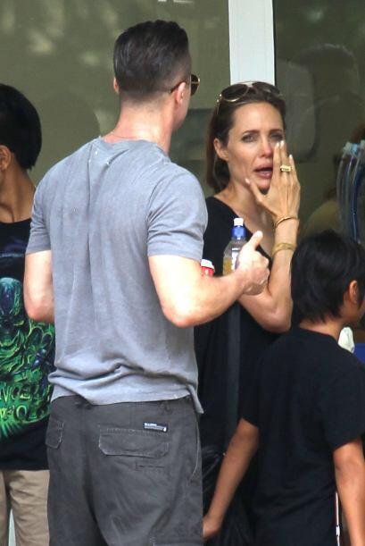 Angelina ha estado muy ocupada dirigiendo su nueva cinta en Australia. M...