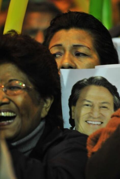 Desde que dejó la presidencia en 2006 vivió fuera de Perú, en Estados Un...