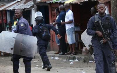 Crece temor por el Ébola: un cadáver en las calles y enfermos que huyen...