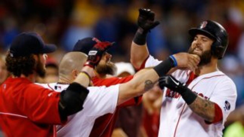 Medias Rojas ganó a Yankees en extra innings.