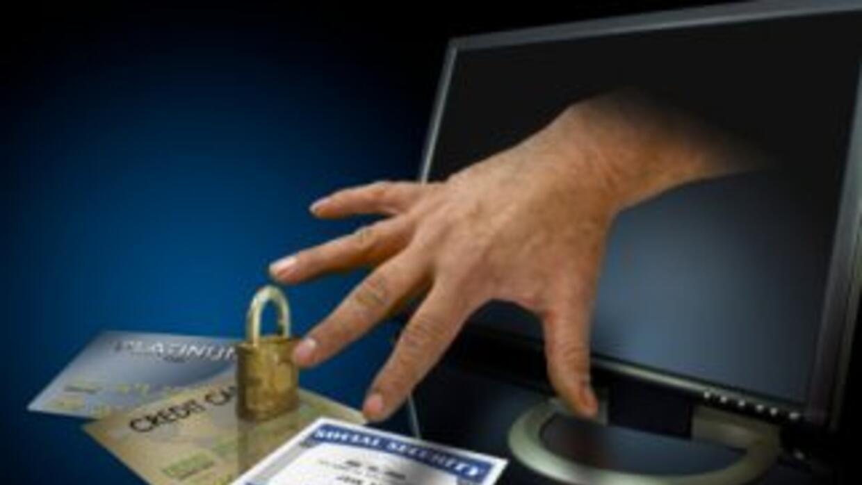 Evita las estafas cibernéticas.
