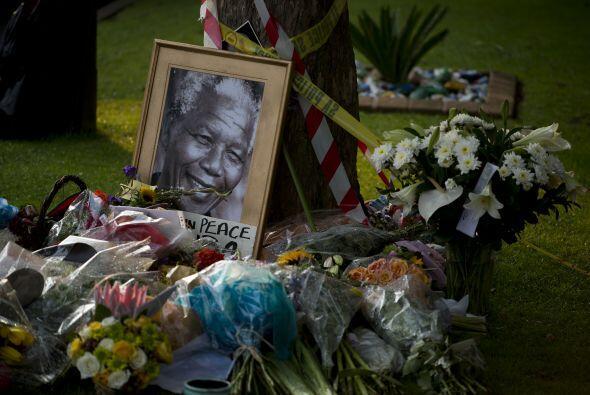 """El presidente subrayó que la muerte de Mandela ha supuesto """"una pérdida..."""