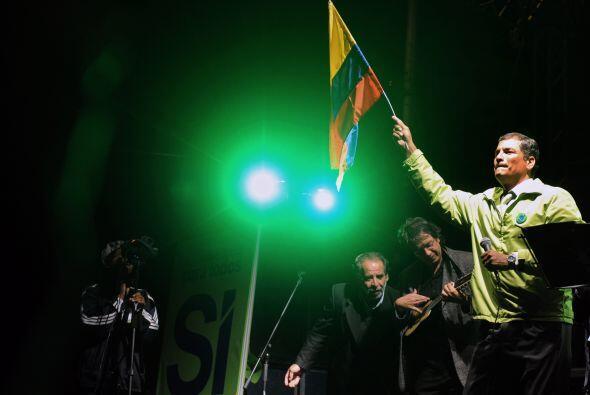 Correa advirtió a la prensa que no tolerará mentiras. 'La prensa corrupt...