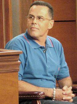 Julio Valentín Maldonado es el padre de los hermanos y vino a con...