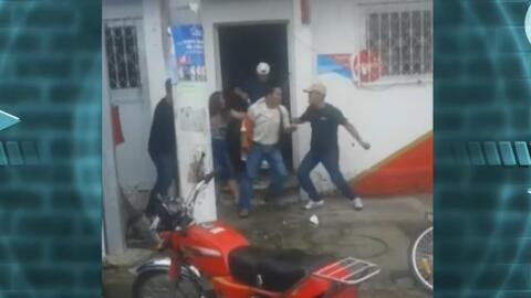 Golpean a un hombre que maltrataba a su pareja en plena calle