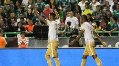 Ismael Sosa festeja su gol ante León.