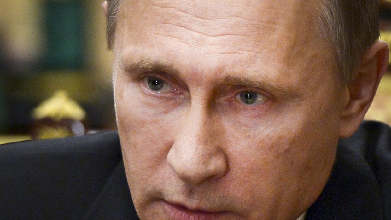 Putin se reunirá con Hollande en Moscú a finales de mes.