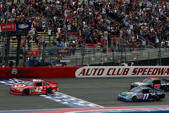 Montoya, ganador de dos pruebas NASCAR en circuitos de carreteras, sólo...