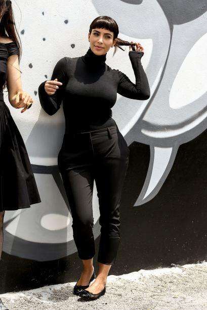 Kim se vistió todita de negro y mucho más tapadita. M&aacu...
