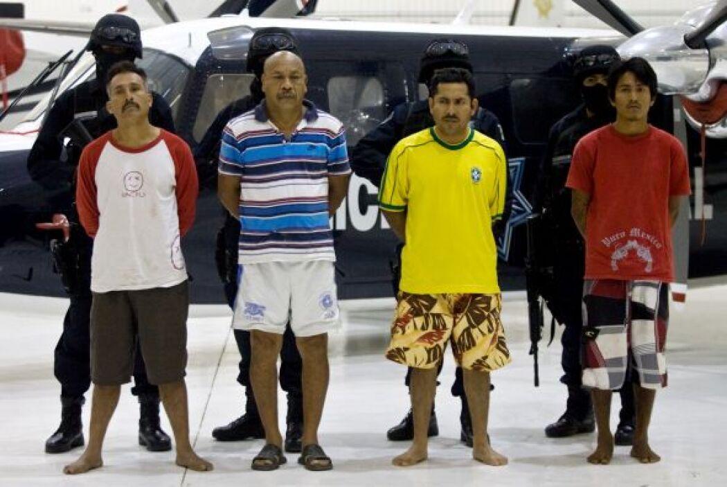 Un grupo dedicado al secuestro, aparecen en la fotografía durante una pr...