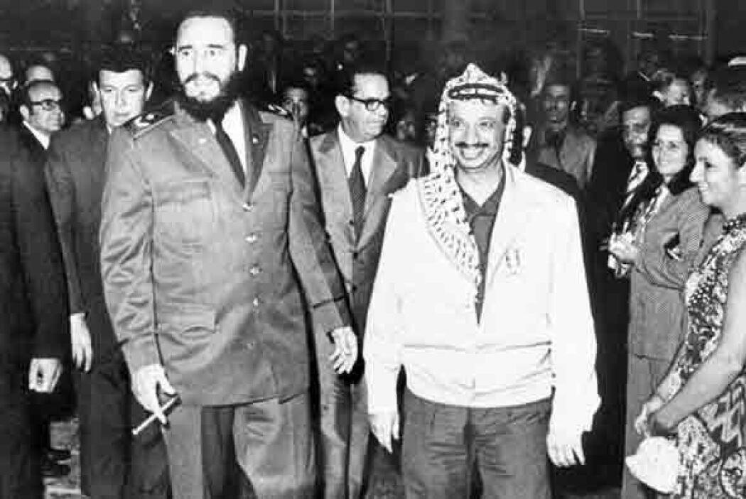 Pese a su asociación con el llamado bloque socialista, Fidel también se...